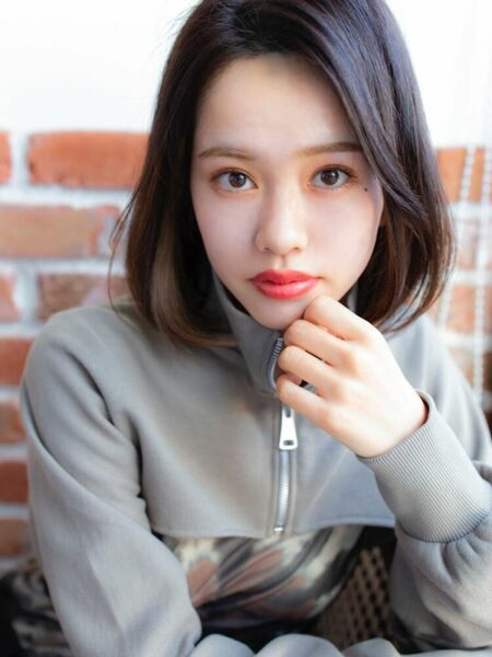 人気の韓国風黒髪ボブ9