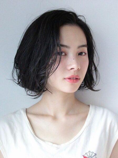 人気の韓国風黒髪ボブ14
