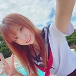 「夏だーーーーー!!!!!」コスプレイヤー紗雪がセーラー服姿を披露