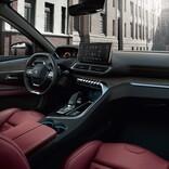 スタイリッシュなSUV「プジョー3008」に華やかな赤内装の個性を加えた特別仕様車登場