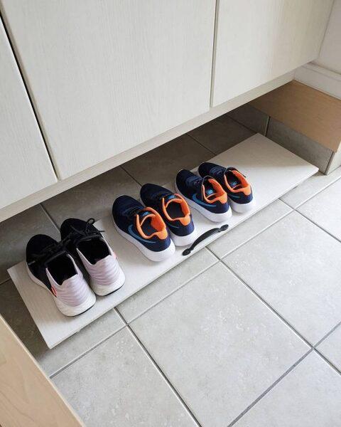 靴箱の下を有効活用