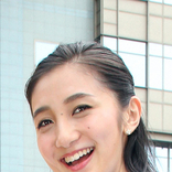 TBS近藤夏子アナ コシノジュンコさんデザインドレスで本人と2ショット「カッコ良すぎ」「ステキ」の声