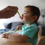 小倉優子、1歳息子の食事に「危ない」と指摘受け訂正。「離乳食、気を付けます」