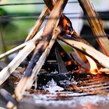 面倒な火起こしをちょっと手軽に。焚き火やBBQに便利な「Fire Guard」