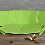 シートにもチェアにもなる折り畳み式マット「オリガマット」