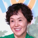 大竹しのぶ IMALU「32歳の誕生日」幼少期の写真とともに祝福 ファン「母の愛情感じます」