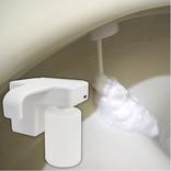 泡のクッションで飛び跳ねを抑制! トイレに後付けできる泡洗浄器なら掃除の手間も省けるよ