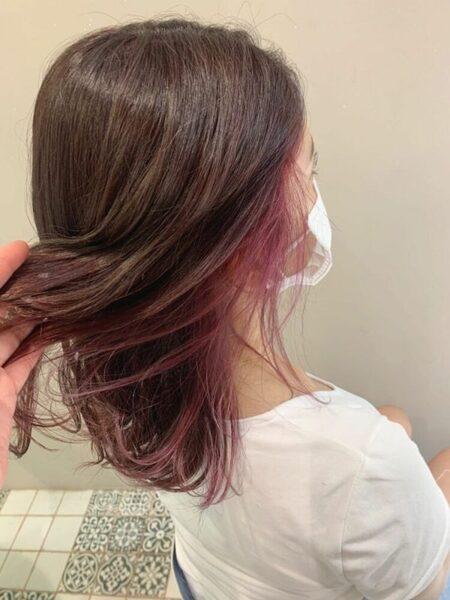 インナーカラーで作る冬のトレンド髪型