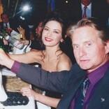 マイケル・ダグラス、同じ誕生日の妻キャサリン・ゼタ=ジョーンズを祝福「君と出会えたことはこの上ない幸運だった」