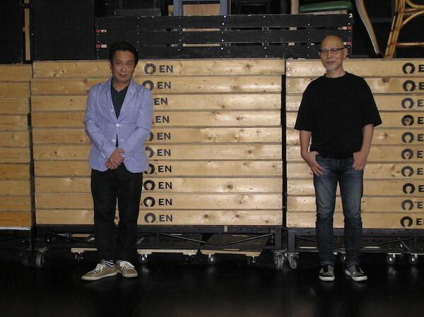 左から、金田明夫、鈴木勝秀。