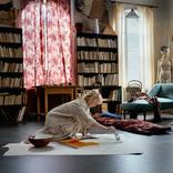 """「本作は愛のこもったプロジェクトになりました。私たちも女性アーティストとして苦労してきたので、トーベの苦悩と自分たちの苦悩が、とても強く結びついている中での共同作業となったのです」 アルマ・ポウスティ 『TOVE/トーベ』 インタビュー/Interview with Alma Pöysti about """"TOVE"""""""