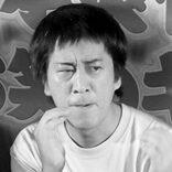 """ブラマヨ吉田が""""童顔爆裂バストプロデューサー""""をホテルに誘った夜"""