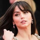 『007』新ボンドガール、アナ・デ・アルマスの美しさに絶賛の声