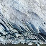 気候変動は地球の地殻にすら影響する