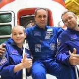 ロシアの映画製作陣がISSに到着。12日間滞在し宇宙で撮影される初の映画を撮る