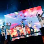 BE:FIRST、SKY-HIと「To The First」コラボ 圧巻パフォーマンスに観客釘付け<J-WAVE INNOVATION WORLD FESTA 2021>
