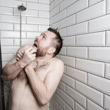 【非常事態】1カ月以上も水風呂生活に!? 身近に潜む半導体不足の影響にSNS騒然 - 「私はエアコンが交換できなかった」など経験者も多数