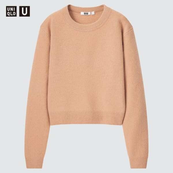 ユニクロのクロップドセーター