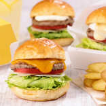 フレッシュネスバーガーのテイクアウト専門店『Cheeseness Burger ToGo』誕生 News