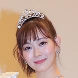 渡辺美優紀 ガーリーなミニスカゴルフウエア姿に…ファン「お人形さんみたい」「ゴルフ場の妖精」