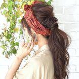ターバンで作る大人のヘアアレンジ14選。40代女性こそおしゃれにキマる付け方