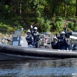「助けて、柴犬が海に落ちた!」 海上保安官の行動に「素晴らしい!」と称賛の声