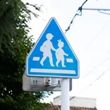 歩行者がいる信号機のない横断歩道で一時停止する車は31% - 交通ルールは?