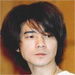 吉岡秀隆、18年振り出演のバラエティ番組でグレーヘアと挙動に驚きの声
