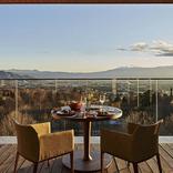 楽天トラベル「贅沢な非日常を味わう最高級旅館・リゾートホテル5選」