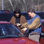 車の購入、4人に1人が「実物を見ずに車種を決定」 - ギャップはあった?