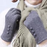 【10月20日 3COINS<スリーコインズ> おすすめ商品】冬を先取り!「マフラーと手袋」10選