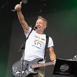 ピーター・フック&ザ・ライト、ジョイ・ディヴィジョンやニュー・オーダーの楽曲を網羅する北米ツアーを発表