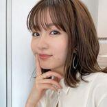岡崎紗絵、レディライクなシノノメ色のセットアップが大人っぽ